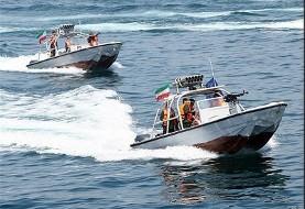 رونمایی و الحاق بیش از ۱۰۰ فروند قایق تندروی موشکانداز به نیروی دریایی سپاه آغاز شد