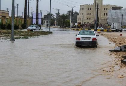 فیلم ۴ سانت باران در بوشهر و سیل و آبگرفتگی شهر