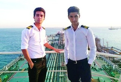 سرگذشت دردناک و عجیب دو پسرخاله جوان که جوان ترین سرنشینان کشتی سانچی بودند +عکس