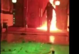 حمله شبانه چند موتورسوار جوان با بمب های آتش زا به ساختمان شهرداری تهران حامیان ری استارت سید محمد حسینی؟