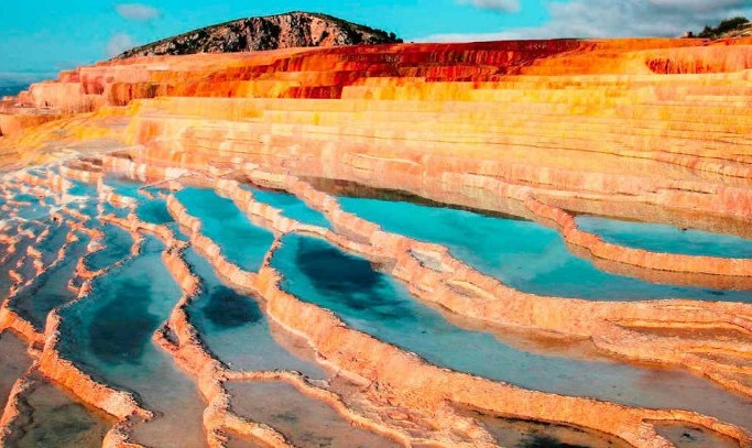 In Pictures: Iran's Colorful Natural Hot Springs Staircase ...