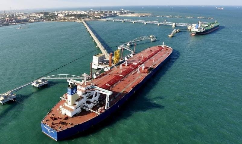 چین خرید نفت از ایران را ادامه می دهد اما با نفتکشهای ایرانی: هزینه حمل و بیمه با تهران است