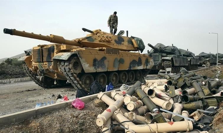 مقاومت کردها مقابل ارتش ترکیه در برخی مناطق عفرین/ کردهای سوریه: روسیه به ما خیانت کرد