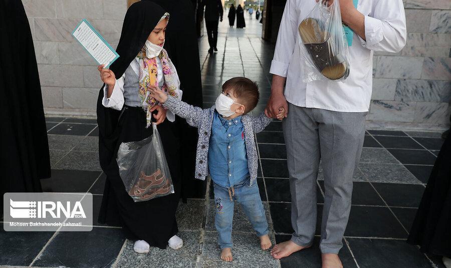 تصاویر: درهای حرم امام رضا و حرم حضرت معصومه پس از ۶۹ روز به روی زائران و مشتاقان باز شدند
