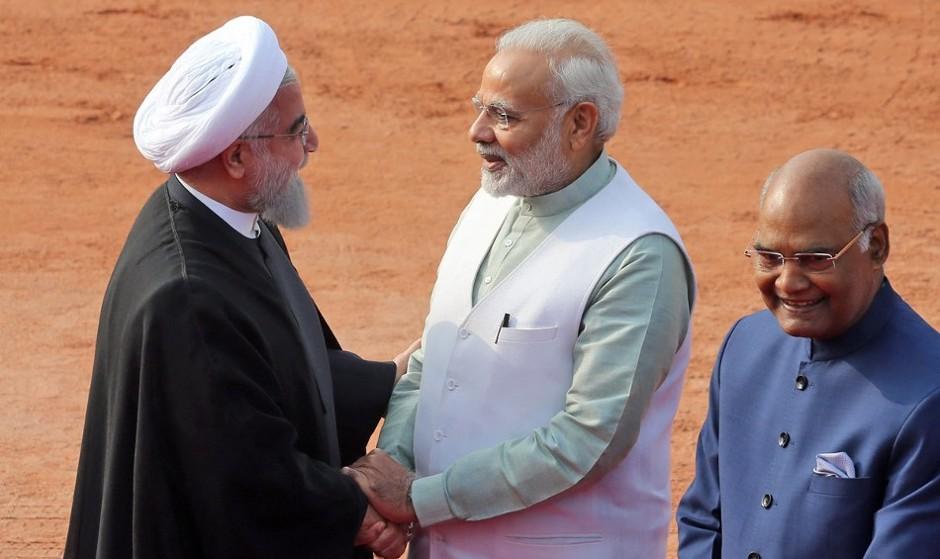 توئیت ظریف در باره گزارش سفر مهم روحانی به هند (تصاویر)