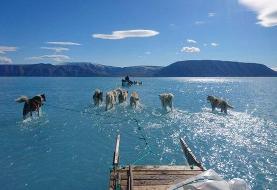 عکس خیرهکنندهای که ذوب یخ در گرینلند را آشکار میکند