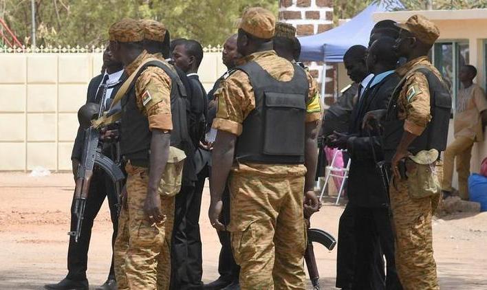 ۱۶ کشته در حمله افراد مسلح به مسجدی در بورکینافاسو