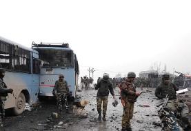 بالا رفتن تنش نظامی بین پاکستان و هند در واکنش به بمب گذاری عوامل پاکستان در کشمیر