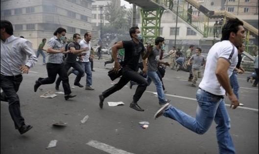 برنامه ریزی شهرداری برای مقابله با بحران یا ناآرامی احتمالی پیش روی تهران: صدور کارت شناسایی برای افراد بانفوذ محلات