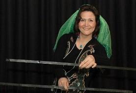 نمایش عروسکی توسط ویدا قهرمانی در جشنواره تیرگان