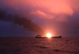 تصادف تانکر حامل سوخت قاچاق ایران در پاکستان و آتشسوزی دو کشتی باری در دریای سیاه ده ها کشته برجای گذاشت