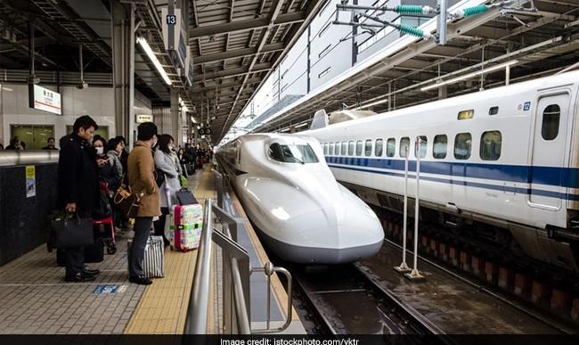 عذر خواهی رسمی در ژاپن به خاطر ۲۵ ثانیه اشتباه در زمان حرکت قطار ژاپنی