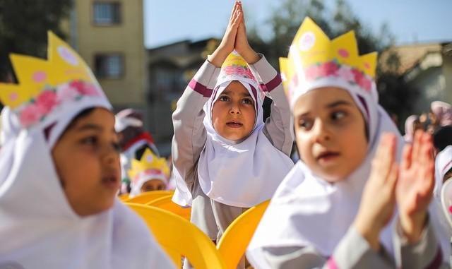 فردا؛ یک میلیون و ۴۰۰ هزار کلاس اولی تحصیلات خود را در ایران شروع میکنند