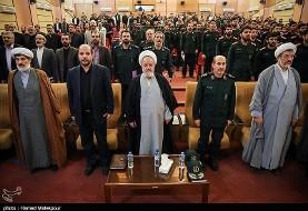 نماینده ولی فقیه در سپاه: رهبری در مقابل دیدگاه جدایی دین از سیاست یا مدرنیته اسلامی، اسلام ناب را عرضه کرده اند