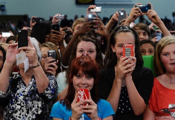 پژوهش جدید: رسانه های اجتماعی و متون کوتاه تلگرافی هوش افراد را به ...