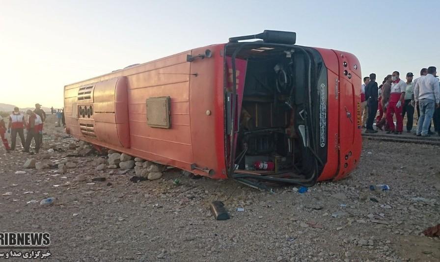 انفجار اتوبوس مسافربری پس از برخورد سواری پژو حامل سوخت ده ها کشته و مصدوم بر جای گذاشت
