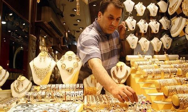 طلا ۴۰ هزار تومان ارزان شد