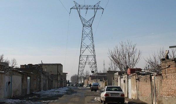 مرگ دلخراش سارق کارتن خواب در جنوب تهران حین سرقت کابل های دکل فشار قوی
