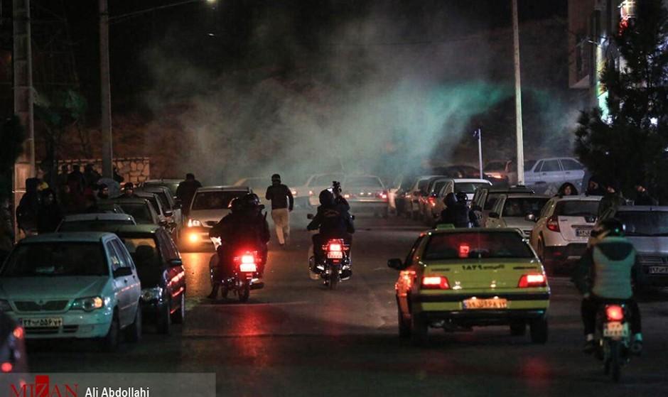 تهران پر دود تر شد: دود ترقه و آتشبازی چهارشنبه سوری به دود هوا و سیگار و مواد اضافه شد