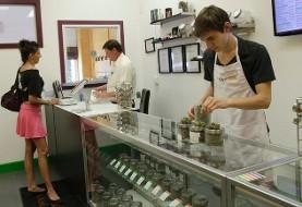 چند روز پس از قانونی شدن، کانادا با کمبود ماریجوانا روبرو شد!