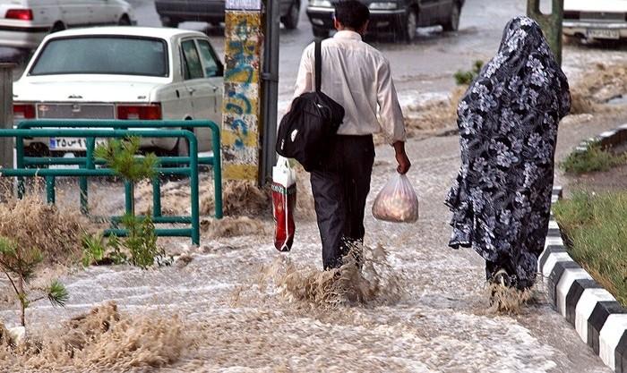 رگبار و بارندگی درکشور ادامه دارد: هشدار نسبت به وقوع سیلاب ناگهانی در رودخانه ها ودره ها