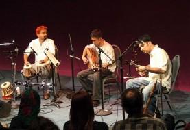 اجرای موسیقی سنتی در مینینگ پارک