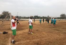 سیرکیبهنامفوتبالبازیهایآسیایی: بازیکنان امید ایران در زمین خاکی تمرین کردند، سعودیهادرپارک!