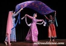 نمایش هنری و رقص اثر لیلا تجدد با همراهی گروه