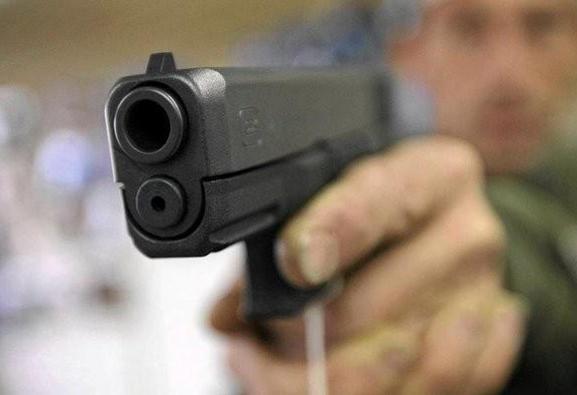 یک جوان مسلح ۲ نیروی انتظامی را در مشهد کشت
