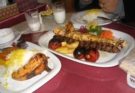 آهسته غذا خوردن موجب کاهش وزن میشود