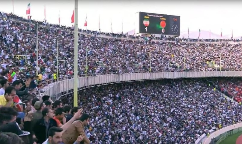 Viking roar of 100,000 Iranian fans scares Chinese in Tehran (video)