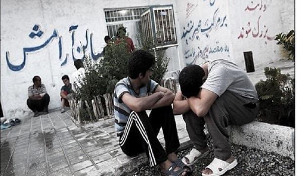 رها شدن ۴ تا ۵ هزار معتاد در تهران که ممکن است ناقل کرونا باشند: بر اساس قانون نمیتوانیم این افراد را بیشتر از 6 ماه نگهداری کنیم