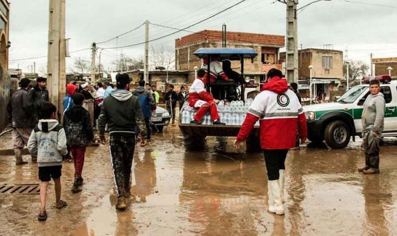 رئیس هلال احمر: حتی یک دلار کمک خارجی برای سیلزدگان دریافت نکردهایم، اما محموله ارسال کردند