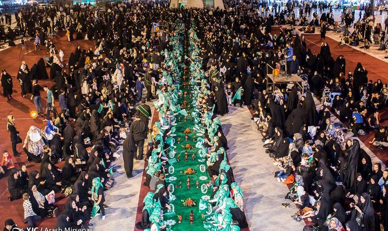 In Pictures: Largest Religious Food Offering For Little Girls in Iran