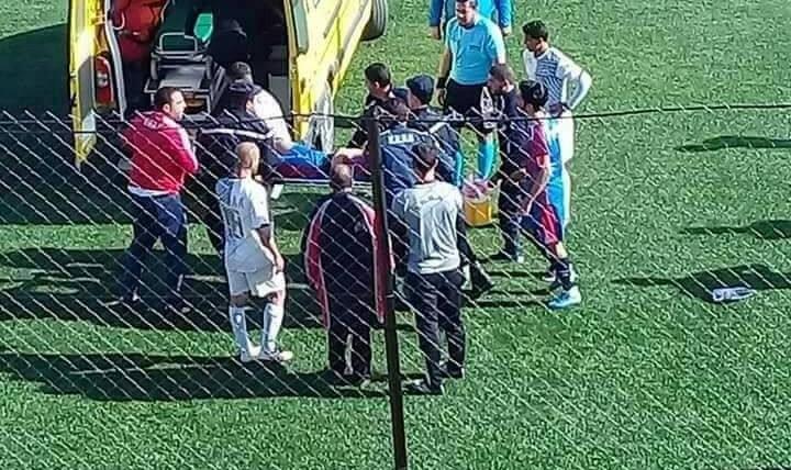 فوتبالیست جوان  الجزایر پس از بلعیدن زبانش در جریان مسابقه درگذشت!