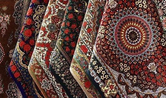 پلیس تهران به دنبال باند سه نفره که سه تخته فرش ابریشمی میلیارد تومانی از محله اعیان نشین تهران سرقت کردند
