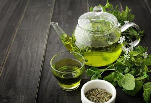 چای سبز به همراه ورزش برای افراد مبتلا به کبد چرب مفید است