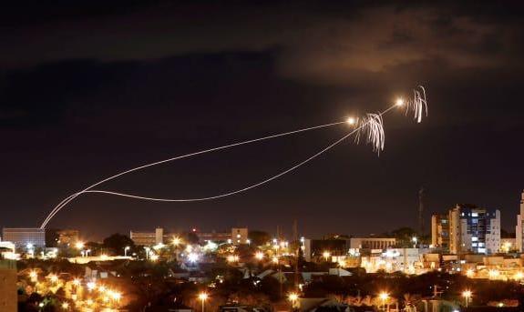 حماس: ما نبودیم! پرتاب عجیب دو راکت به سوی تل آویو در آستانه انتخابات به نفع نتانیاهو تمام می شود؟