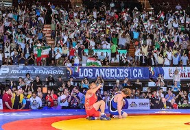 Iranian wrestlers welcomed by fans in Los Angeles