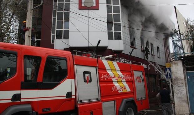 آتشسوزی گسترده در بازار مولوی تهران