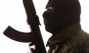 درگیری مسلحانه خانوادگی در کرمانشاه با کلاشنیکوف: دو کشته و چهار زخمی