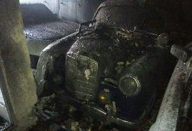 مرگ یک تن و نابودی ۹ خودروی کلاسیک در آتش سوزی یک خانه در منطقه امین آباد + عکس و فیلم
