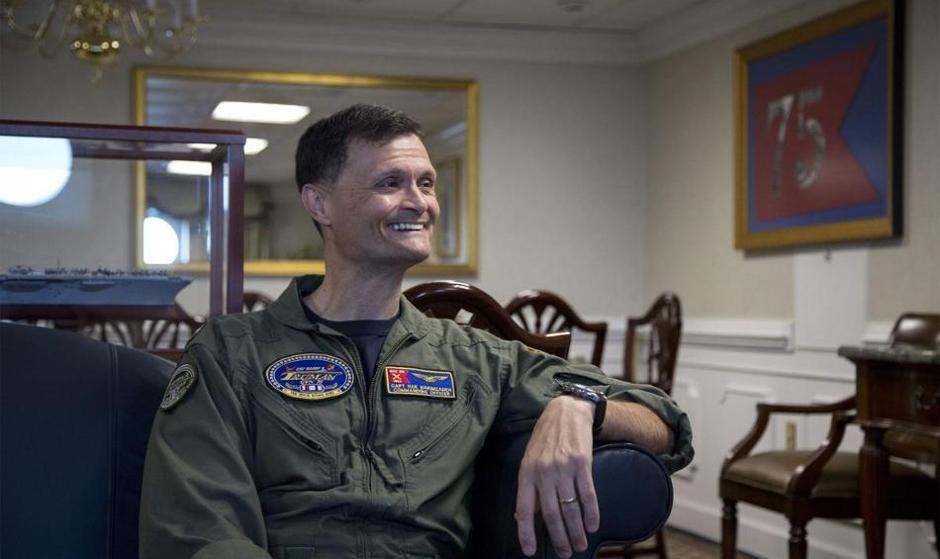 آمریکا یک ایرانیتبار را فرمانده ناو هواپیما بری کرد که شاید ...