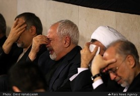 In Pictures: Zarif in supplication in Vienna. Prayer for peace