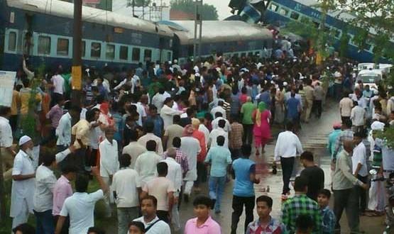 ۱۷۰ کشته و زخمی بر اثر خروج قطار از ریل در هند +عکس
