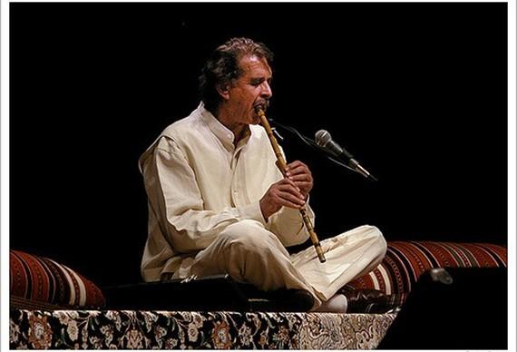 Persian Spiritual Sounds: Omoumi and Friends