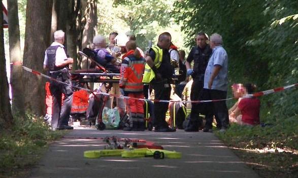 حمله با چاقو در یک اتوبوس در آلمان/ ادعای دیلی میل: مهاجم ایرانی است!