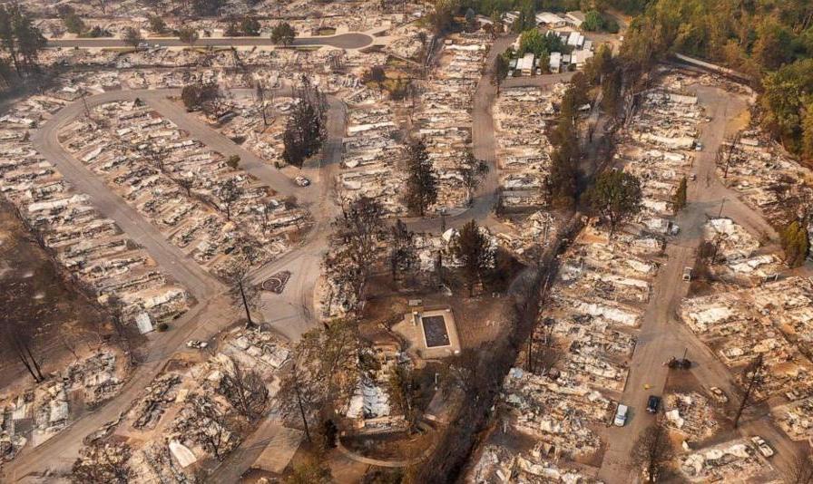 ادامه آتش سوزیهای زنجیره ای در آمریکا: تداوم آتشسوزیهای تاریخی در غرب آمریکا