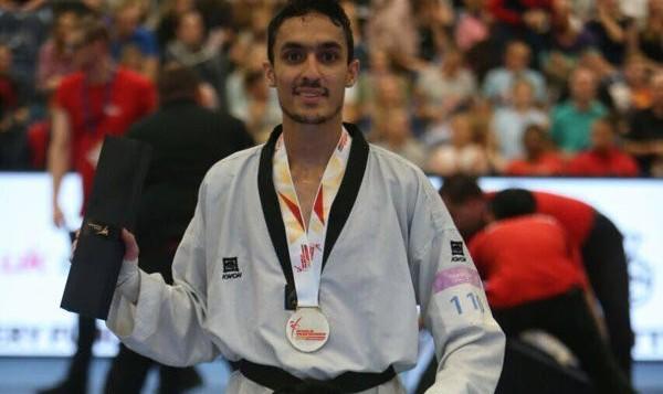 آرمین هادیپور با شکست قهرمان جهان به مدال برنز تکواندو رسید و ۳۵۰۰ دلار برد!