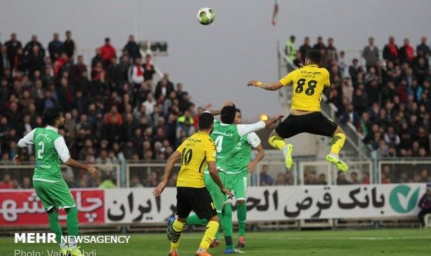 یک اصفهانی در صدر و یک اصفهانی در قعر! تساوی سپاهان و استقلال خوزستان در یک بازی جنجالی
